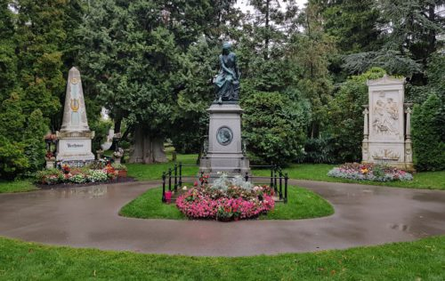 Mozartův pomník na Zentralfriedhof